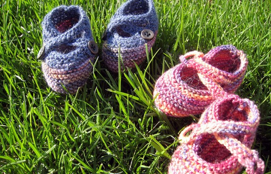 blue-pink-baby-booties