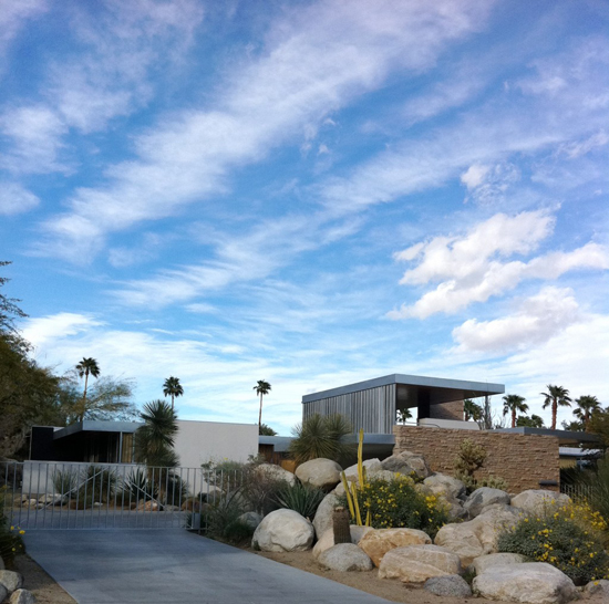 The-Gay-Guide-Network-Palm-Springs-Barry-Manilow-Home
