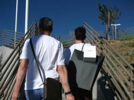The-Gay-Guide-Network-Palm-Springs-Desert-Hills-Premium-Outlet